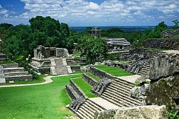 English: Ruins of Palenque Deutsch: Ruinen von...