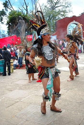 English: Aztec dancer with conch shell at the ...
