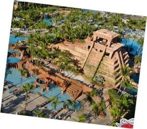 Aztlan-Theme-Park-Pryamid